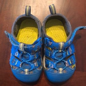 Keen Toddler Shoes Size 6